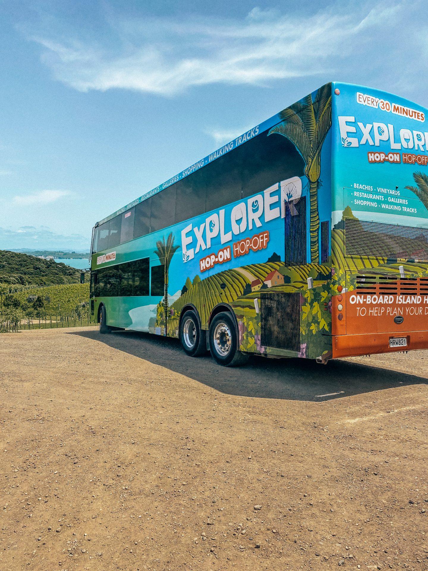 hop on hop off bus waiheke island